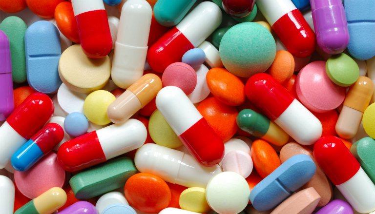 Tránh kết hợp dùng thuốc ASA với một số loại thuốc khác vì có thể gây ra tương tác thuốc.