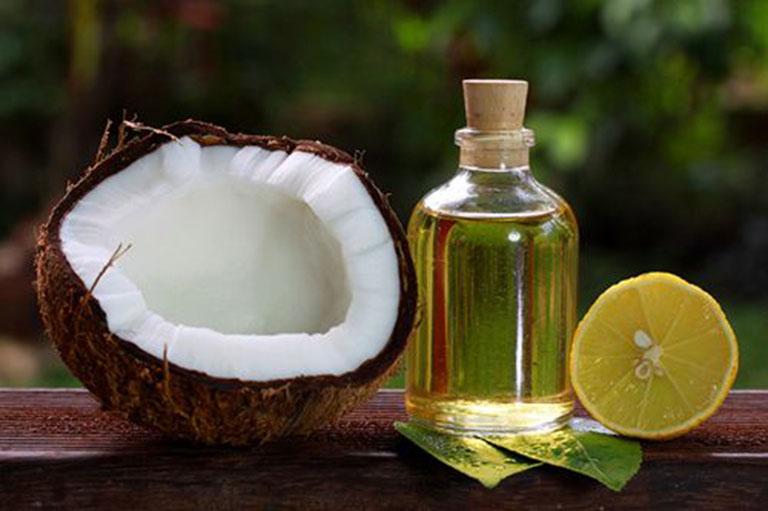Chữa viêm nang lông bằng chanh với dầu dừa