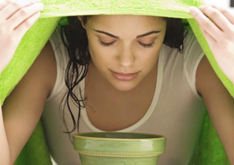 Xông hơi giúp cho phổi được kích thích lưu thông, đẩy mạnh quá trình hô hấp và giảm đau rát họng