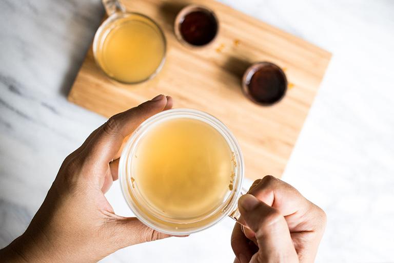 bà bầu có thể chữa đau dạ dày bằng trà gừng
