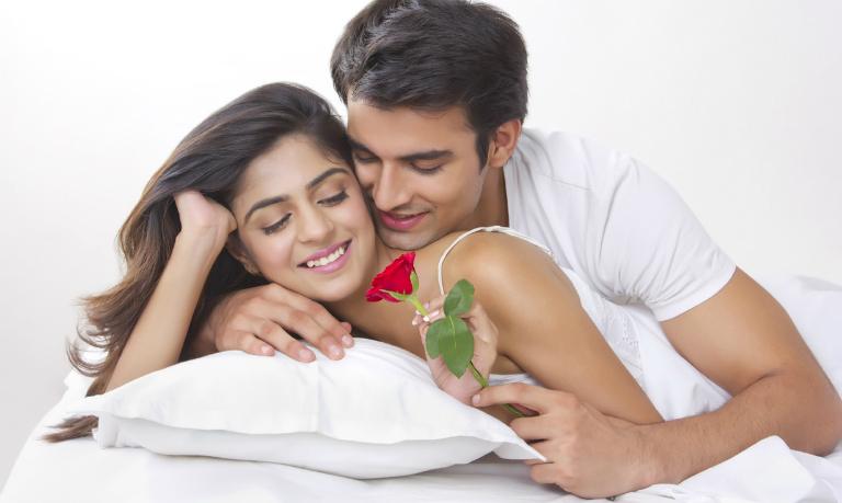 Nữ giới càng hưng phấn với những nụ hôn, đàn ông càng sung mãn hơn trong cuộc yêu.