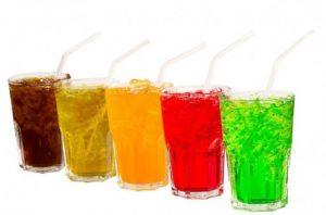 Đau dạ dày nên uống nước gì để cải thiện bệnh tình là thắc mắc chung của nhiều người