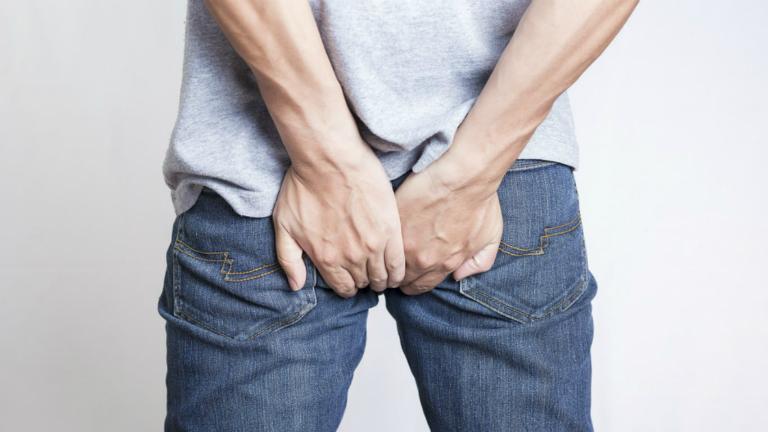 Bệnh trĩ gây ra đau đớn, khó chịu, ảnh hưởng đến chất lượng cuộc sống người bệnh.