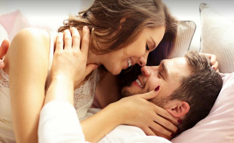 Lợi ích dễ dàng nhận biết nhất của tình dục đó là giải tỏa căng thẳng hiệu quả