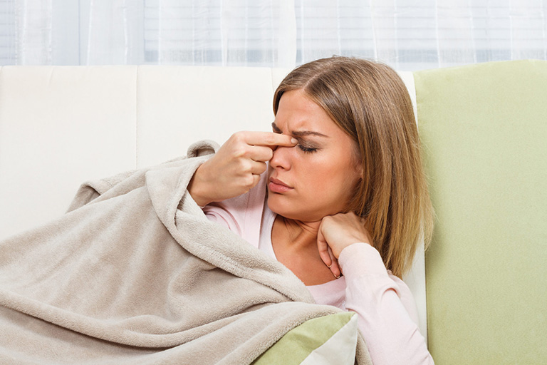Bị đau mũi