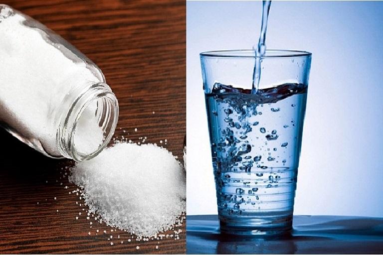 chữa viêm xoang bằng nước muối