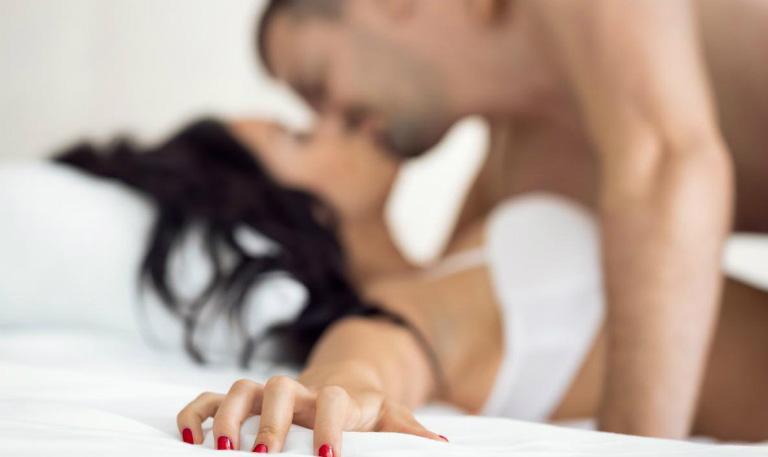 Quan hệ bằng miệng sẽ giúp cuộc yêu trở nên sung mãn hơn.
