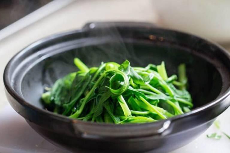 Loại rau muống mà chúng ta thường dùng cũng có tác dụng chữa bệnh trĩ
