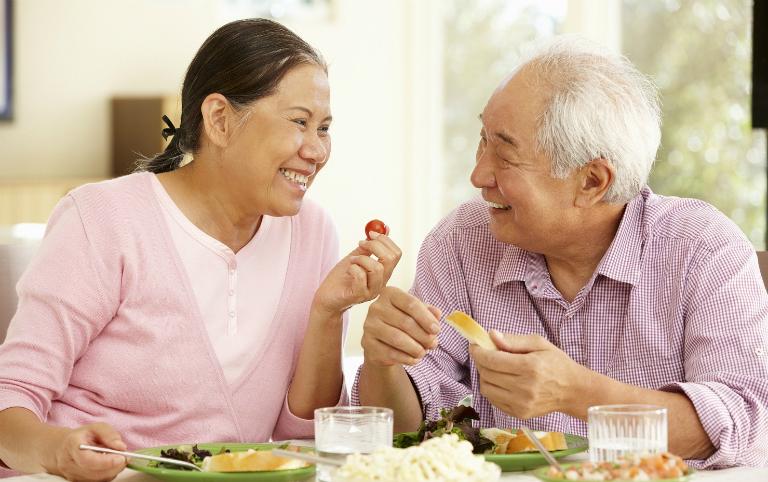 Để loại bỏ bệnh đau dạ dày ra khỏi cuộc sống, người bệnh cần lạc quan, ăn uống khoa học,...