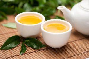 Có nhiều loại thức uống trị đau họng mà người bệnh có thể sử dụng