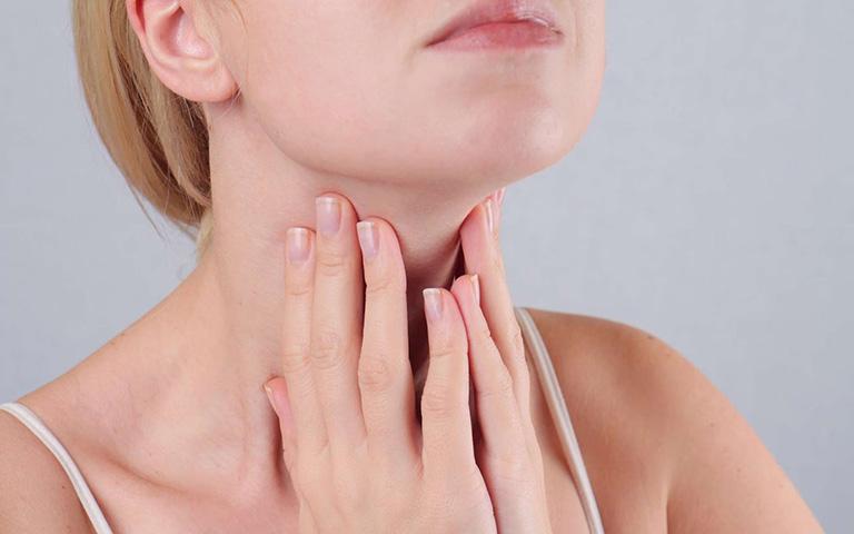 bài thuốc nam chữa viêm họng