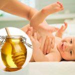 Thụt mật ong cho trẻ sơ sinh có tác dụng chữa táo bón tức thời nhưng cần tham khảo ý kiến bác sĩ trước khi dùng phương pháp này