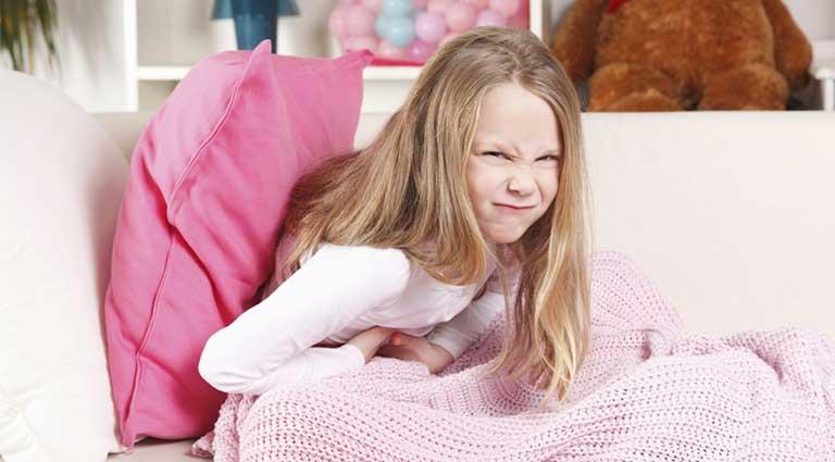 dấu hiệu nhận biết viêm đại tràng ở trẻ em