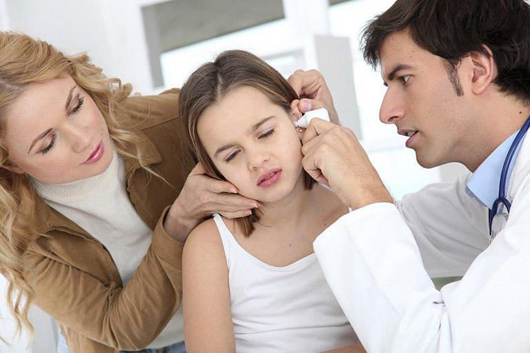 triệu chứng viêm tai giữa cấp
