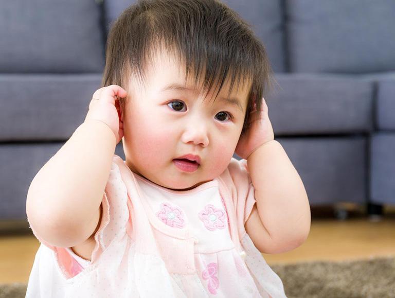 viêm tai giữa cấp ở trẻ em