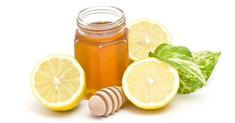 Bài thuốc dân gian chữa viêm thanh quản từ chanh và mật ong