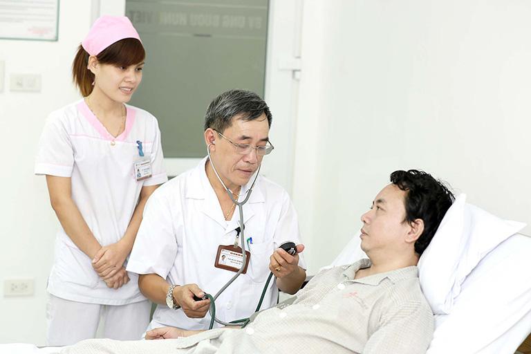 triệu chứng viêm phế quản cấp