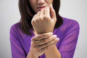 chi phí phẫu thuật hội chứng ống cổ tay