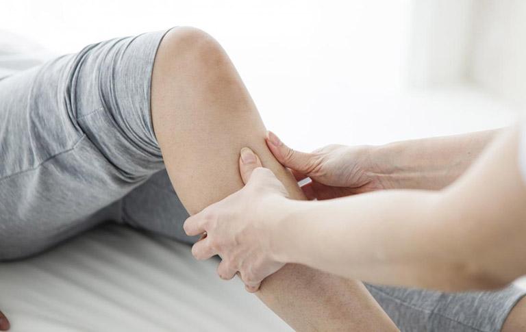 đau dây thần kinh chân