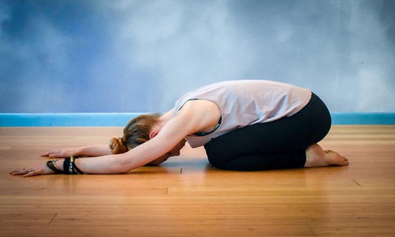 cách chữa đau dây thần kinh hông
