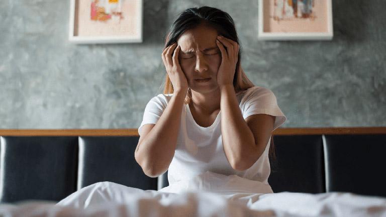 nguyên nhân mất ngủ ở thanh niên