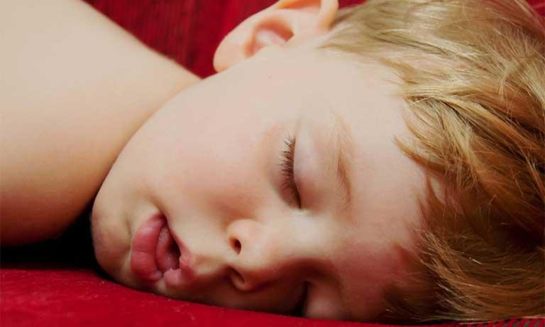 viêm va mãn tính ở trẻ