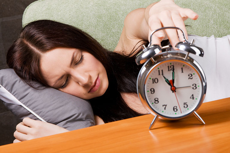 cách tập yoga chữa mất ngủ