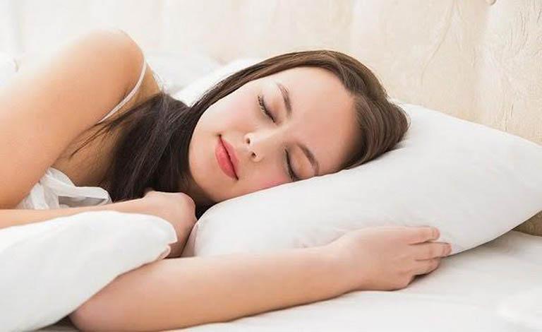 cách chữa ngủ ngáy ở phụ nữ