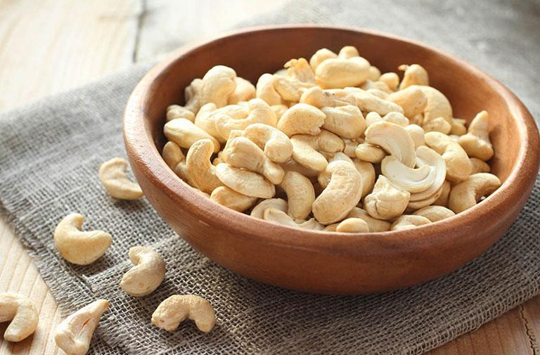 dinh dưỡng trong 100g hạt điều