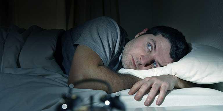 trị ngủ ngáy và nghiến răng