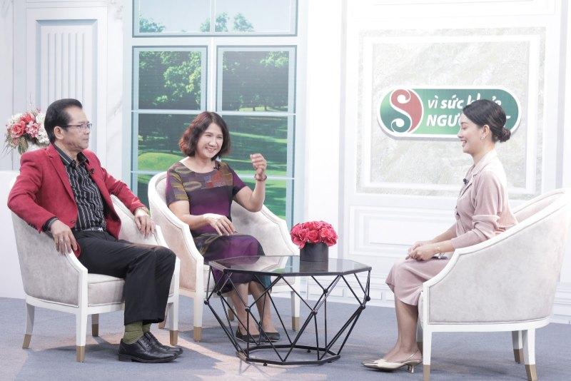 BS Tuyết Lan trò chuyện cùng diễn viên Trần Nhượng và MC