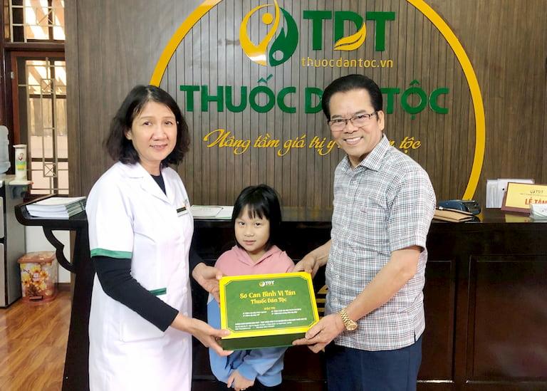 NS Trần Nhượng và cháu gái đã điều trị thành công bệnh trào ngược dạ dày nhờ Sơ can Bình vị tán