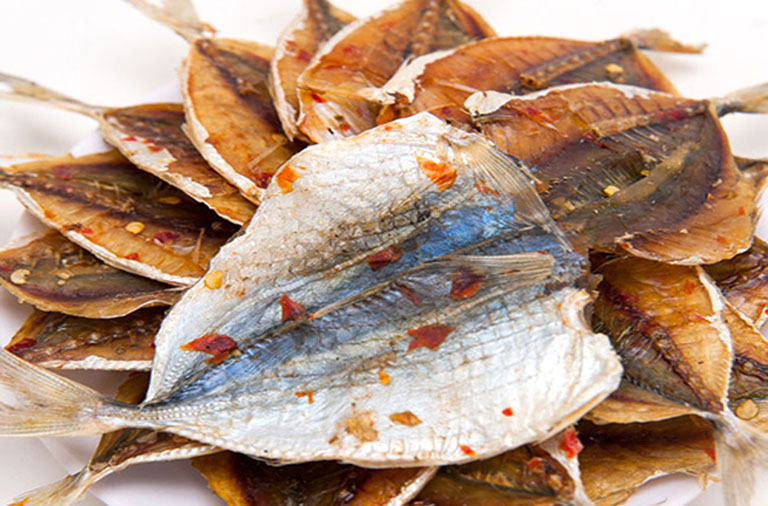 đau dạ dày ăn cá được không