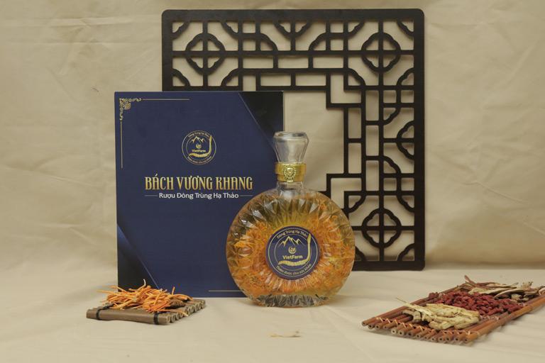 Rượu đông trùng hạ thảo của thương hiệu Vietfarm đang được quý ông ưa chuộng nhất hiện nay
