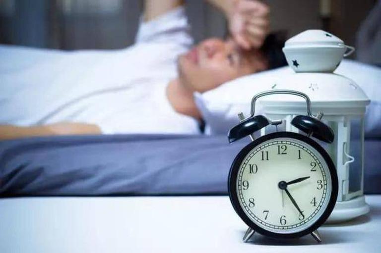 nguyên nhân gây rối loạn giấc ngủ không thực tổn