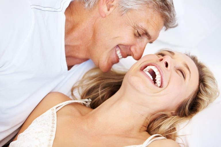 Sinh lý đàn ông tuổi 60 - Nhu cầu có cao và còn mạnh?