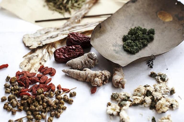 Sử dụng các loại thảo dược để an toàn cho sức khỏe