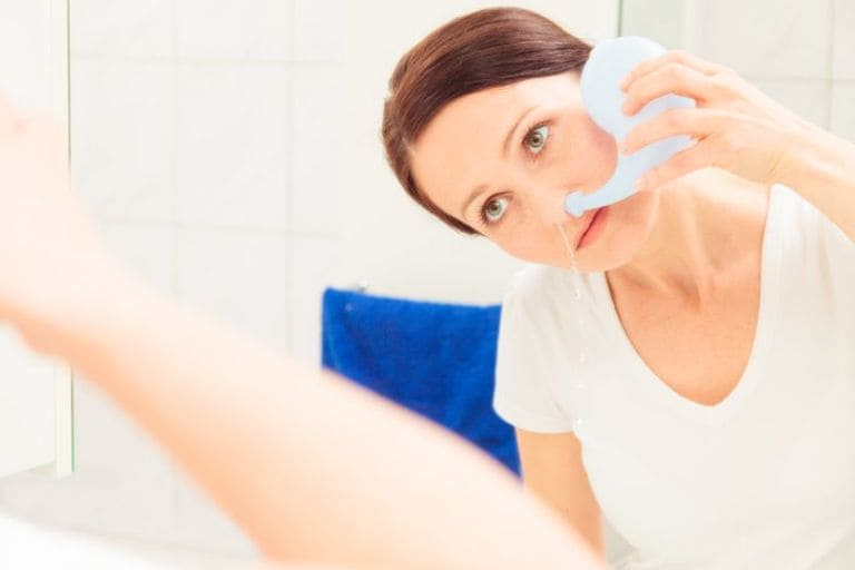 phòng tránh biến chứng mắt khi bị viêm xoang
