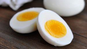 Bị sỏi thận có nên ăn trứng? (gà, vịt, cút...)