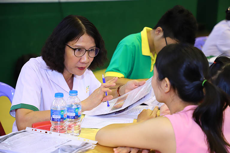 Thăm khám cùng Thạc sĩ, Bác sĩ Nguyễn Thị Tuyết Lan