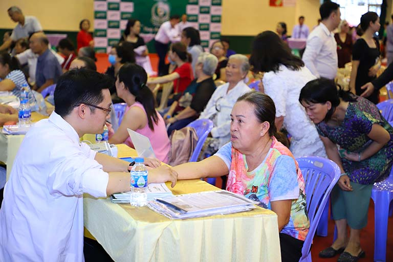 Các hoạt động thăm khám trực tiếp cùng chuyên gia được tổ chức ngay tại sự kiện