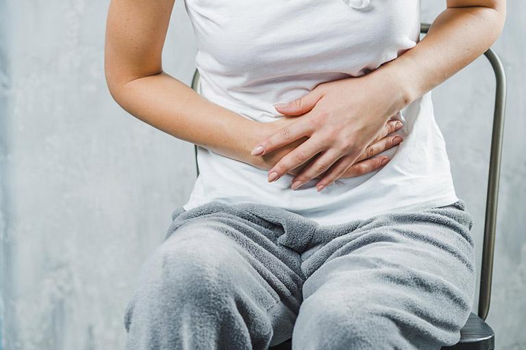 đau dạ dày buồn nôn tiêu chảy