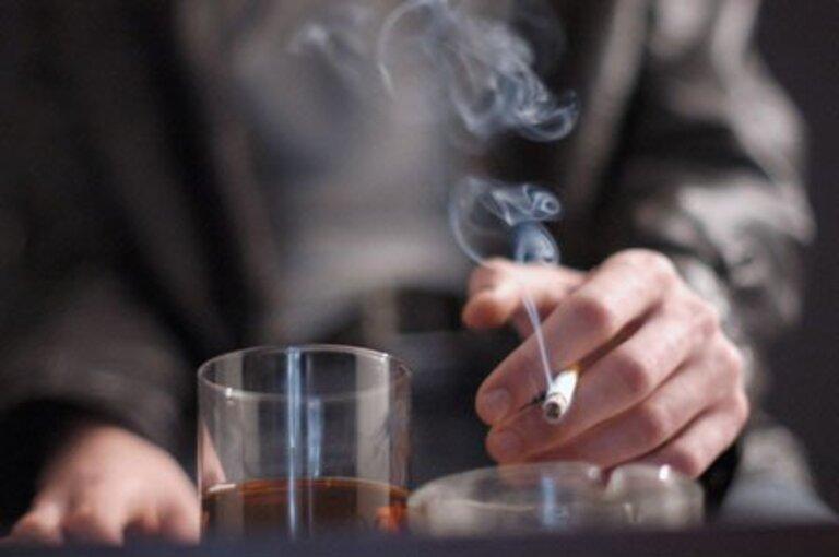 Hút thuốc Esse có gây vô sinh hay ảnh hưởng gì?
