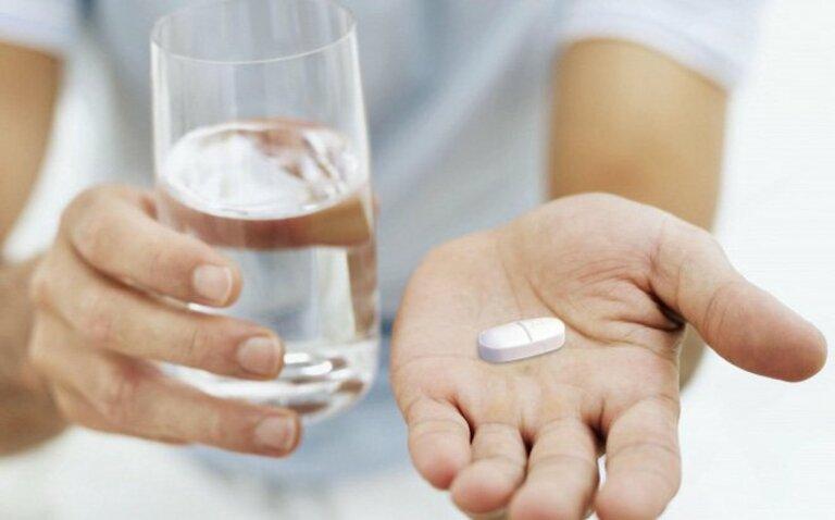 Bị thoát vị đĩa đệm có nên uống canxi để bổ sung?