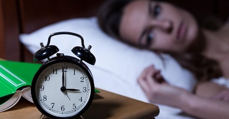 Vì sao ăn socola mất ngủ? Cách ăn tốt cho sức khỏe