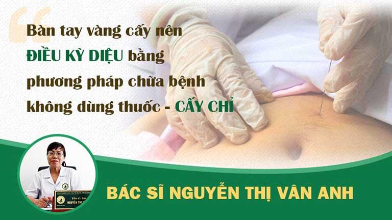 """Bác sĩ Vân Anh được đông đảo người bệnh biết đến với bàn tay chữa bệnh """"thần kỳ"""""""