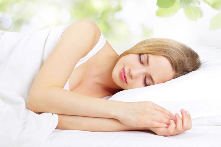 tránh buồn ngủ ban ngày
