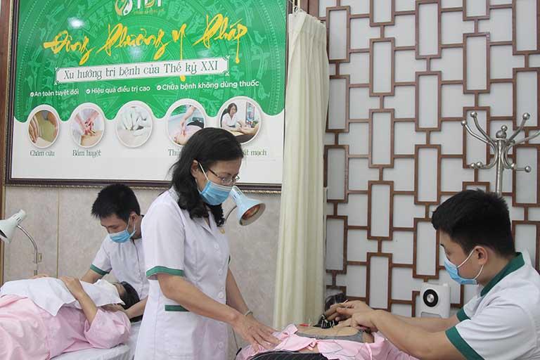 Cơ sở vật chất tại phòng khám Trung tâm thuốc dân tộc