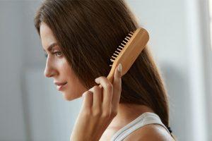 Mái tóc của chị Hồng Anh cải thiện khá tốt sau khi điều trị (ảnh minh họa)