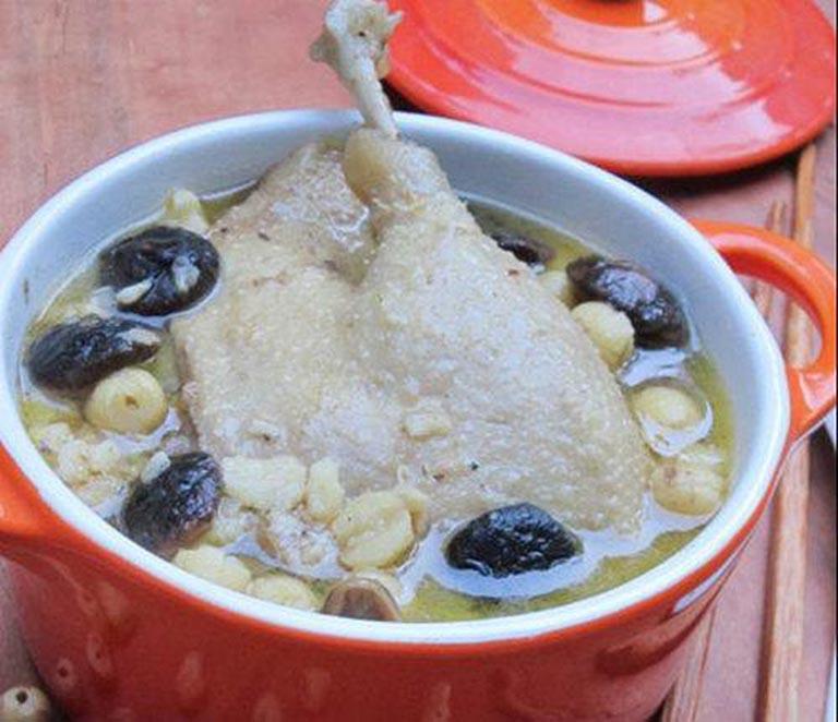 canh thịt vịt nấu nấm hương món ăn bài thuốc bổ thận tráng dương